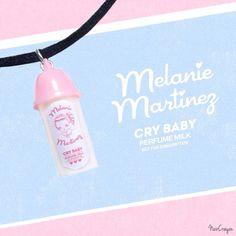 Mélanie Martinez Crybaby parfum lait collier. par NoirCrayon