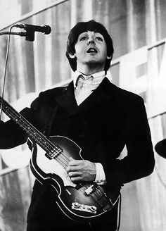 """The Beatles are a famous English band that originated in Liverpool, England. They became """"The Beatles"""" in 1960 and consisted of four very talented and incredibly influential musicians; John Lennon, Paul McCartney, George Harrison, and Ringo Starr. The Beatles 1960, The Beatles Live, Gentlemen Prefer Blondes, Lady And Gentlemen, My Love Paul Mccartney, Linda Mccartney, Guitar Guy, Guitar Tabs, Guitar Chords"""