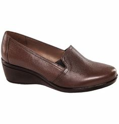 Pedidos Web Brown Flats, Brown Shoe, Loafer Shoes, Loafers, Pierre Dumas, Shoe Pattern, Dressed To Kill, Casual Shoes, Shoe Boots