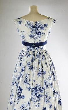 Dress | Horrockses Fashions | V&A Search the Collections 1957