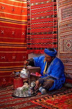 beautiful-earth:    Morocco - Atlas Mountains: Berber Tea by John & Tina Reid on Flickr.  Via Flickr: A Berber carpet maker prepares a pot of tradional tea in a Moroccan village in the Mid Atlas Mountains . .