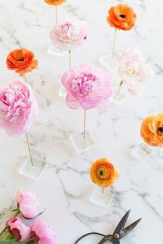DIY Floating Flower Table Display!