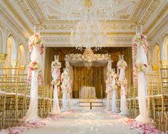 Floral-Centerpiece-Wedding Aisle www.tablescapesbydesign.com https://www.facebook.com/pages/Tablescapes-By-Design/129811416695