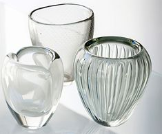 Nuutajärven lasi: from left Kaj Franck Usva 1951–1963, Gunnel Nyman 1947 GN 16, Kaj Franck Kaisla 1952–1953. Scandinavian Art, Modern Glass, Glass Design, Accent Decor, Vases, Glass Art, Furniture Design, Shabby, Ceramics