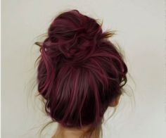 Messy bun | via Tumblr