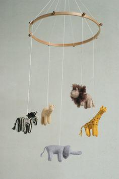 nursery mobile / baby mobile / jungle mobile / by Patricija