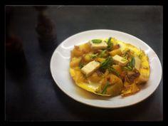 Omeleta s brambory a knedlí (15m/easy as pie)  Moc rychlý a dobrý jídlo.