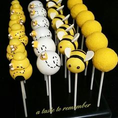 Another What Will Baby Bee? themed baby shower 🐝🐝🐝 I really love all of the springy/summery themed orders right now 💕 Botanas Para Baby Shower, Baby Shower Parties, Bee Baby Showers, Baby Shower Cake Pops, Mommy To Bee, Baby Birthday, Bee Birthday Cake, Bumble Bee Cake, Baby Shower Decorations