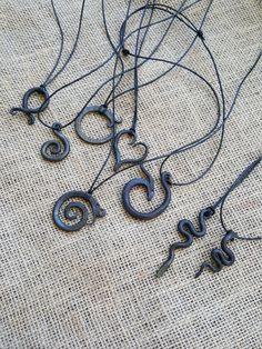 Colgante de hierro artesanal