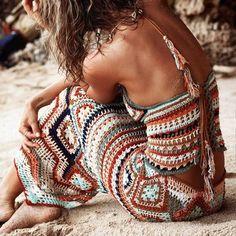 Crochet Top Boho Granny Squares New Ideas Hippie Look, Look Boho, Hippie Chic, Hippie Style, Boho Chic, Hippie Gypsy, Boho Style, Crochet Skirts, Crochet Clothes