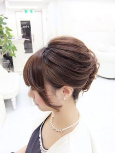 ルーズ束夜会巻き Hair Arrange, Hair Setting, Hair Dos, Bun Hair, Pretty Hairstyles, Salons, Hair Beauty, Hair Styles, Womens Fashion
