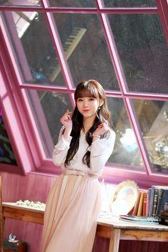 Jin Park, Lovelyz Kei, Drawing Clothes, Korea Fashion, Sweet Girls, Korean Girl Groups, Kpop Girls, Asian Girl, Fashion Outfits
