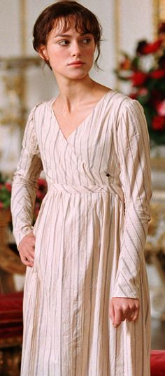 Keira Knightley, Elizabeth Bennet - Pride & Prejudice Costume Design by Jacqueline Durran (Best Movies Costumes) Keira Christina Knightley, Keira Knightley, Elizabeth Bennett, Little Dorrit, Jane Austen Movies, Pride And Prejudice 2005, Becoming Jane, Regency Dress, Historical Clothing