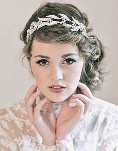 Georgian-style tiara by Enchanted Atelier