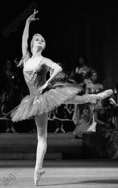 akg-images -Distinguished Uzbek SSR artist Alla Mikhalchenko makes her first appearance on the Bolshoi theatre stage in Alexander Glazunov's 'Raymonda'.