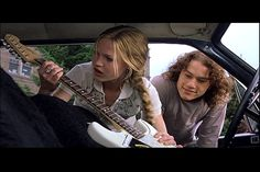 Heath Ledger Photo: 10 Things I Hate About You 90s Movies, Iconic Movies, Good Movies, Movie Tv, Julia Stiles, Movies Showing, Movies And Tv Shows, Bon Film, Heath Ledger