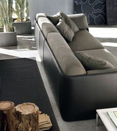 Lagoon Collection was designed by Andrea Lucatello specially for Italian company Alivar.