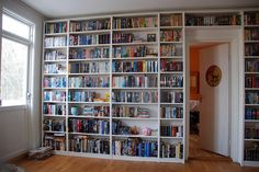 Eight Awesome Ways to Store Your Books -Beauty and Fashion Tech
