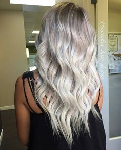 """747 Likes, 17 Comments - INSPIRATION ➕ EDUCATION (@balayageartists) on Instagram: """"BLONDE GOALS ❤❤❤ : Created by @natalies_hair_design #balayageartists #balayage #balayagehair…"""""""