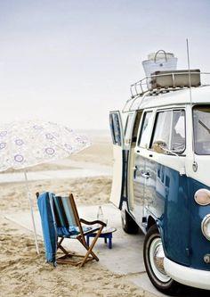 Por fin es Vienes!🤩Nos damos un pequeño descanso?🌞🌊🌊#weekend #finde #findesemana #vw #kombi #surf #playa #beach #surf #sesiondefotos #fotos #shooting #kombi #combi #t2 #t1 #clasic #vintage
