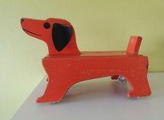 KONRAD KELLER HOLZSPIELZEUG Hund Dackel selten Hund auf Rädern Ziehspielzeug - EUR 29,00   PicClick DE Wooden Toys, Car, Woodworking Toys, Weiner Dogs, Basement, Dogs, Wooden Toy Plans, Wood Toys, Automobile
