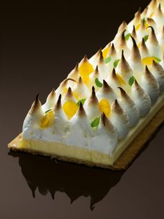 Michalak gateau Tarte Citron C Laurent Fau Fancy Desserts, Just Desserts, Delicious Desserts, Dessert Recipes, French Patisserie, Beautiful Desserts, French Pastries, Pastry Cake, Eat Dessert First
