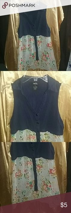 Rue 21 Sleeveless Top Self 100% rayon contrast 100% polyester Hand Wash Rue 21 Tops