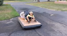 This guy built his son a hovercraft that actually hovers. Diy For Kids, Cool Kids, Fun Projects For Kids, Kid Stuff, Cool Stuff, Diy Cardboard, Water Toys, Water Crafts, Outdoor Play