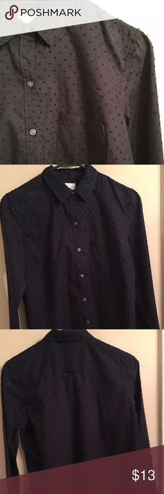 "Navy Blue GAP Button Down 👚Shirt Navy Blue GAP Button Down 👚Shirt. Notice design on shirt. ""Nubbly"" 😉 Good condition. GAP Tops Button Down Shirts"