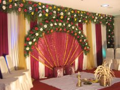 Traditional decor at a malayali hindu wedding southindian design of kerala wedding stage decoration and house design kerala junglespirit Image collections