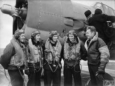 Royal Navy Aircraft Carriers, British Home, Us Navy, Battleship, Auckland, Emperor, Bats, Ww2, Planes