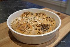 Brytebrød grove rundstykker Daily Bread, Oatmeal, Baking, Breakfast, Style, The Oatmeal, Morning Coffee, Swag, Stylus