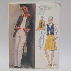 Vintage Vogue Pattern 2689 Anne Klein  1970s Size by retrogal415
