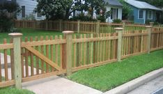 Custom Wood Fencing - Austin, Round Rock, Dripping Springs, Bee Cave