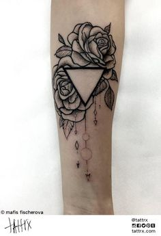 rose triangle - Cerca con Google More
