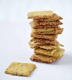 A stack of our delicious Carrot and Flax Crackers. Deciding what to dip them into.Find the recipe in The Art Of Eating Well. Healthy Treats, Healthy Recipes, Yummy Treats, Hemsley And Hemsley, Whole Food Recipes, Cooking Recipes, Savoury Biscuits, Bread And Pastries, Vegetarian Cooking