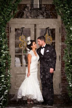 A beautiful wedding at the New Haven Lawn Club in Connecticut during the snowfall! Photo by Misty Enright Photography.
