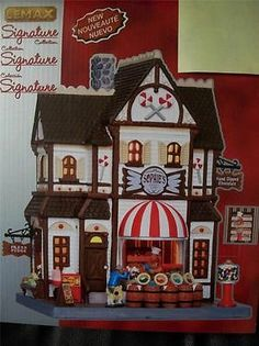 SOPHIE'S SWEET SHOP New 2013 LEMAX Christmas Village Cute Candy Store LIGHTED