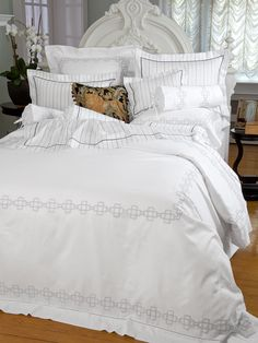 Fifth Avenue - Fine Bed Linens - Reading between the lines of our printed pinstripes, impeccable style and meticulous tailoring are written all over this bright White Egyptian cotton sateen, 300 thread count. #Bedding #BedLinen #SchweitzerLinen