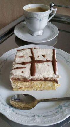 Prajitura Ecler la tavă. – Lorelley.blog Cake Cookies, Cupcake Cakes, European Dishes, Unique Recipes, Ethnic Recipes, Cheesecake Cupcakes, Romanian Food, I Foods, Food To Make