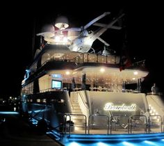 Fantastic Super Yacht! Let's not forget the chopper..
