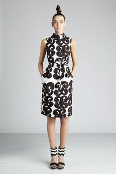 Marimekko dress + shoes = perfection Crazy Outfits, Pretty Outfits, Pretty Clothes, Marimekko Dress, Fashion 2017, Womens Fashion, Cool Style, My Style, Sophisticated Style