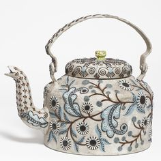 Hand-painted kettle in relief art style!
