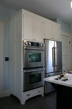 Stacked Oven In Kitchen Corner Design Ideas (fridge and stove next ...
