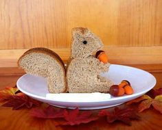 Professor Nuttkins demands that his home chef cut his sandwiches into squirrel shapes.