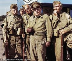 Lowe as Captain Mainwaring (centre) with John Le Mesurier as Sergeant Wilson (right) and Clive Dunn as Corporal Jones (left) Comedy Actors, Comedy Show, Actors & Actresses, Jimmy Perry, John Le Mesurier, Dad's Army, Home Guard, Classic Comedies, Vintage Television