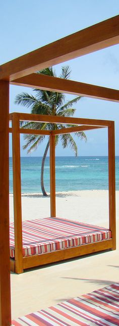 The Cove Beach...Atlantis Resort...Bahamas | LOLO