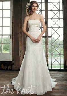 Strapless mermaid, with empire waist // Dress: Sincerity Bridal // 3664