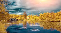 Parc de Majolan. Bordeaux. France. Infrared photography.