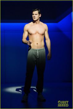 Benjamin Walker Goes Shirtless in Hot New 'American Psycho' on Broadway Photos!: Photo #3625954. Benjamin Walker shows off his muscular frame while going shirtless for a scene in the new Broadway musical American Psycho, now playing in previews.    The 33-year-old…